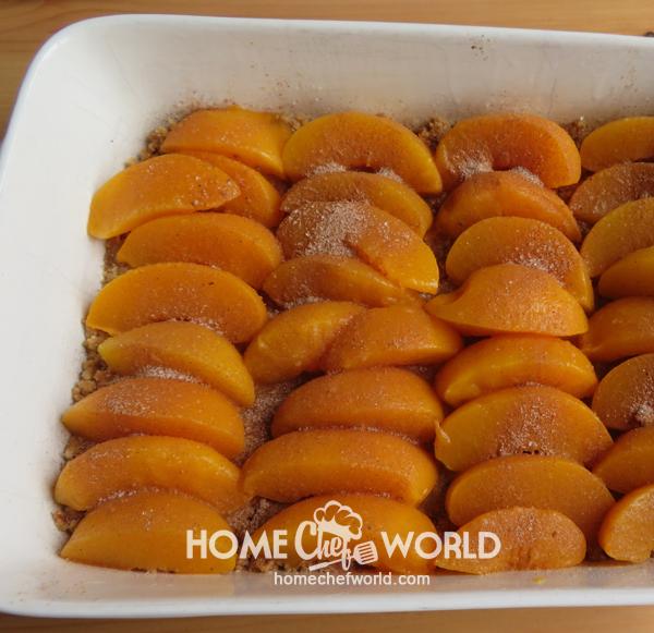 Peaches and Cinnamon for Praline Peach Cobbler Recipe