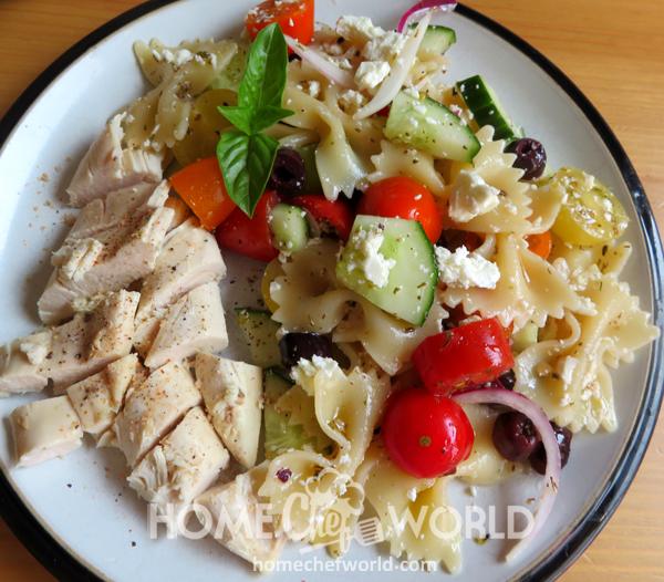 Mediterranean Pasta Salad Ready to Eat