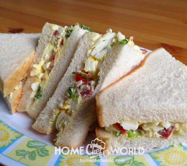 BLT Egg Salad in a Sandwich