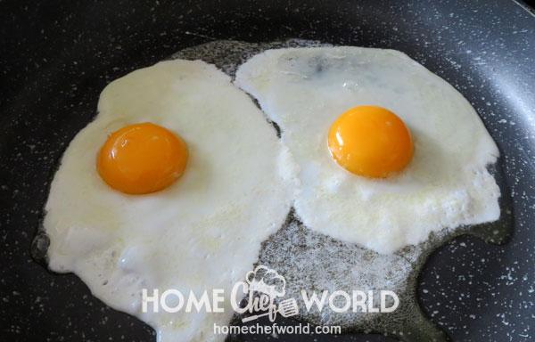 Break in Eggs